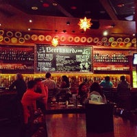 Photo taken at Flying Saucer Draught Emporium by JAY J. on 3/10/2013