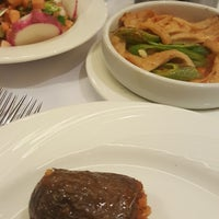 Photo taken at Kalamış Günaydın Kebap & Steakhouse by Gonul .. on 1/4/2018