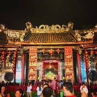 Photo taken at ศาลเจ้าแม่กวนอิมเกียนอันเกง (Kian Un Keng Shrine) 恩很好 by Wiriya C. on 2/9/2013