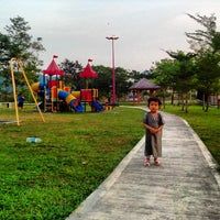 Photo taken at Playground Nusa Rhu by 🔰AuZz A. on 1/22/2014