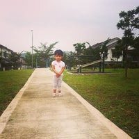Photo taken at Playground Nusa Rhu by 🔰AuZz A. on 12/25/2013