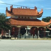 Photo taken at Tien Hau Temple by Kool😎 R. on 11/28/2016