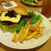 Photo taken at T Grill Burger & Steak Gourmet by Dimas on 9/29/2013
