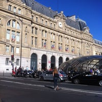 Photo taken at Arrêt Gare Saint-Lazare [20,21,22,24,26,27,28,29,32,53,66,80,94] by Hacer Y. on 10/18/2014