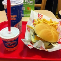 Photo taken at Dairy Queen by Igor C. on 11/12/2012