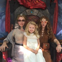 Photo taken at Fly Chairs at Bristol Renaissance Faire by Jaynee P. on 8/21/2016