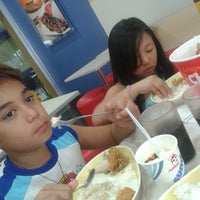 Photo taken at Jollibee by Marylie B. on 3/21/2014