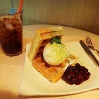 Photo taken at CAFE Bean's by Kana on 2/28/2013