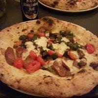 Das Foto wurde bei Standard Pizza von Giggi M. am 4/1/2016 aufgenommen