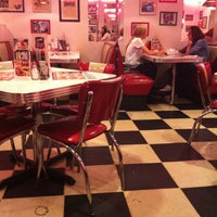 Photo taken at Starlite Diner by Карамова С. on 9/15/2012