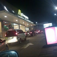Photo taken at Mc Donald's by Manu A. on 11/28/2012