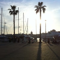4/21/2013 tarihinde Fran R.ziyaretçi tarafından Muelle Uno'de çekilen fotoğraf
