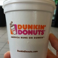 Photo taken at Dunkin Donuts by Hector L R. on 6/20/2013