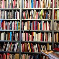 Das Foto wurde bei Bücherbogen von Pablo M. am 1/25/2013 aufgenommen