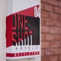 Photo taken at Hotel One Shot 04 Recoletos by gerard t. on 6/26/2015