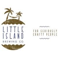 Foto tirada no(a) Little Island Brewing Co. por gerard t. em 7/2/2015
