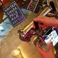 Foto tirada no(a) Little Island Brewing Co. por gerard t. em 11/21/2015