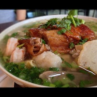 Photo taken at Teo Chow Noodle Shack by Johnny W. on 10/13/2012