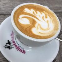 Foto tirada no(a) Kaffeewerk Espressionist por Darcy S. em 5/23/2017