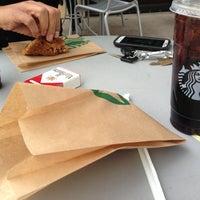 Photo taken at Starbucks by Juanelo F. on 3/27/2013