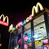 Photo taken at McDonald's by johnnyjupiter on 3/9/2013