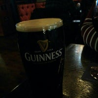 Photo taken at Aulde Dubliner by Willian C. on 11/9/2015