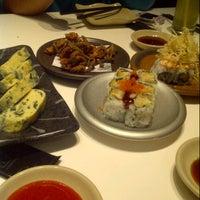 Foto tirada no(a) Sushi Tei por Priska A. em 2/9/2013