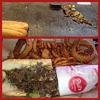 10/14/2014 tarihinde Mr L.ziyaretçi tarafından Phil's Philly Grill'de çekilen fotoğraf