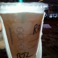 Foto tirada no(a) Starbucks Coffee por Rashi S. em 5/8/2013