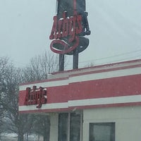 Photo taken at Arby's by Florence W. on 4/2/2013