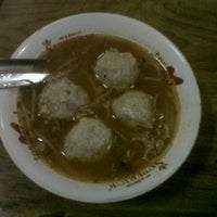 Photo taken at Bakso Mburi Pos by Rizqi S. on 11/14/2012