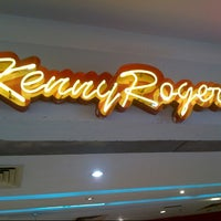 Photo taken at Kenny Rogers Roasters (KRR) by Syamsir A. on 10/2/2012