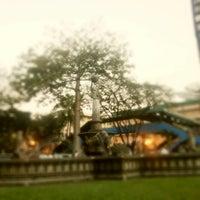 Foto tirada no(a) Benavides Park (Lover's Lane) por Paüee Ann Q. em 1/24/2013