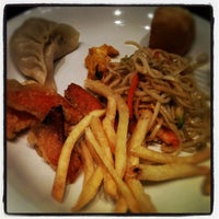 Photo taken at Hong Ye Wok Sushi by Enrico B. on 9/16/2012