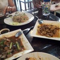 Photo taken at Restoran Dong Yi Shun by Firo F. on 2/2/2013