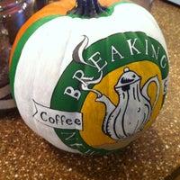 Foto scattata a Breaking New Grounds da Meredith B. il 10/12/2012