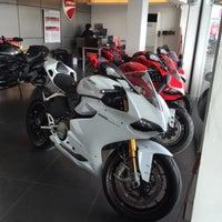 Photo taken at Ducati Ratchaphrurek by Softvanilla S. on 3/8/2015