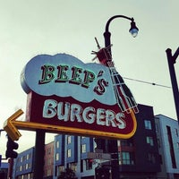 Photo taken at Beep's Burgers by Rolo T. on 5/5/2016