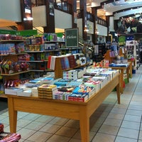 Photo taken at Barnes & Noble by Winnie G. on 4/6/2013