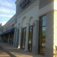 Photo taken at Starbucks by Carolina R. on 5/22/2013