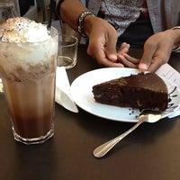 Photo taken at Flower's Café by B_stephanie_B on 9/14/2012