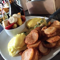 Photo taken at Bistro du Marché by 514eats on 3/22/2015