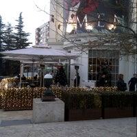 12/29/2012 tarihinde Ebru C.ziyaretçi tarafından La Gioia Cafe Brasserie'de çekilen fotoğraf
