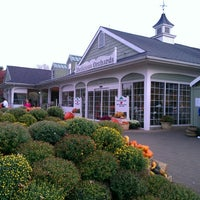 Photo taken at Delicious Orchards by Kate B. on 10/23/2012