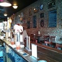 Das Foto wurde bei Fourth Avenue Pub von Tony B. am 1/24/2014 aufgenommen