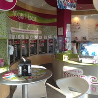 Photo taken at Menchies by Liza D. on 7/13/2013