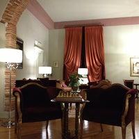 Foto scattata a San Luca Palace Hotel da Zeki Mert B. il 4/22/2013