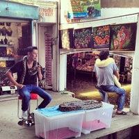 Photo taken at Damnoen Saduak Floating Market by Quennie C. on 4/20/2013