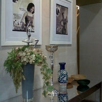 Photo taken at Rumah Cantik Citra by ika z. on 8/31/2013