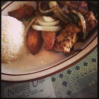 Foto tomada en Numero Uno Cuban Cuisine por Katie J. el 11/16/2013